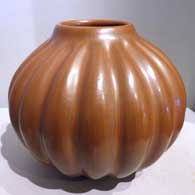Formed red melon jar