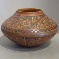 Polychrome pot by Rondina Huma