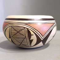 Pottery created by Sylvia Naha, click or tap to see a larger version