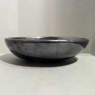 Plain polished black bowl, click or tap to see a larger version