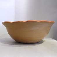 Two-color bowl with pie crust rim, click or tap to see a larger version